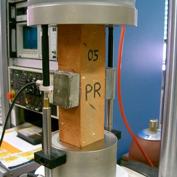 ULTRASONIC AND ACOUSTIC EMISSION TECHNIQUE TO STUDY THE MICRO AND MACRO CRACK IN CONCRETE AND MASONRY STRUCTURES UNDER FATIGUE LOADING